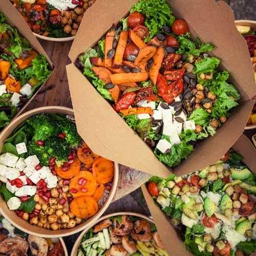 Pottsalat Bowls und Salate